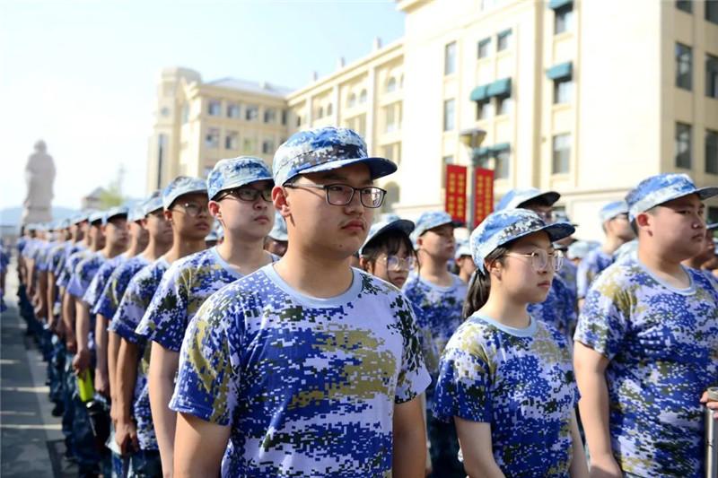 磨砺钢铁意志 谱写青春华章 烟台三中2021级新生军训开营